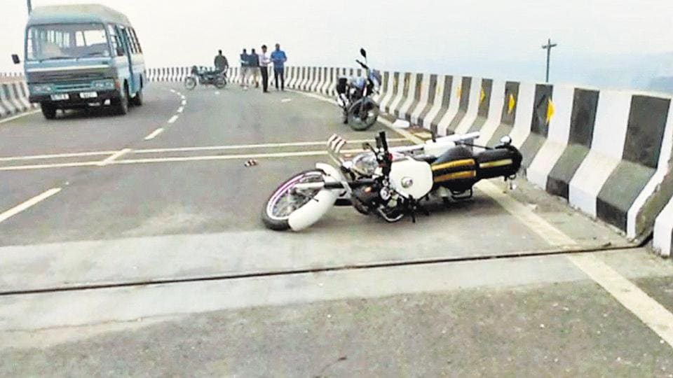 On Tuesday,  the 15-year-old, KaranDutt, was killed after he lost control of the motorcycle he was riding on the under-construction loop and plunged nearly 40 feet below onto the Ring Road
