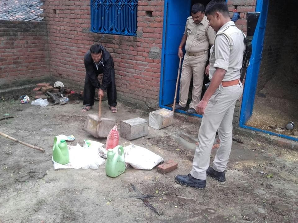 Cops in action against an illegal liquor kiln in trans-Ganga area of Allahabad.