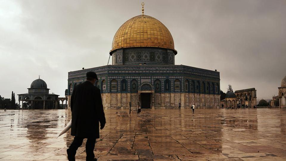A view of the Dome of the Rock at Al-Aqsa compound in the Old City on November 27, 2014 in Jerusalem, Israel. Any recognition of Israeli control over the city will be welcomed by Israel, a close American ally, and pro-Israel Christian voters who make up a key part of Trump's base. But it could also trigger violence, derail a developing US Mideast peace plan before it even gets off the ground. (Spencer Platt / Getty Images)