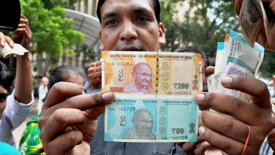 New banknotes,Rs 200 notes,Rs 50 notes
