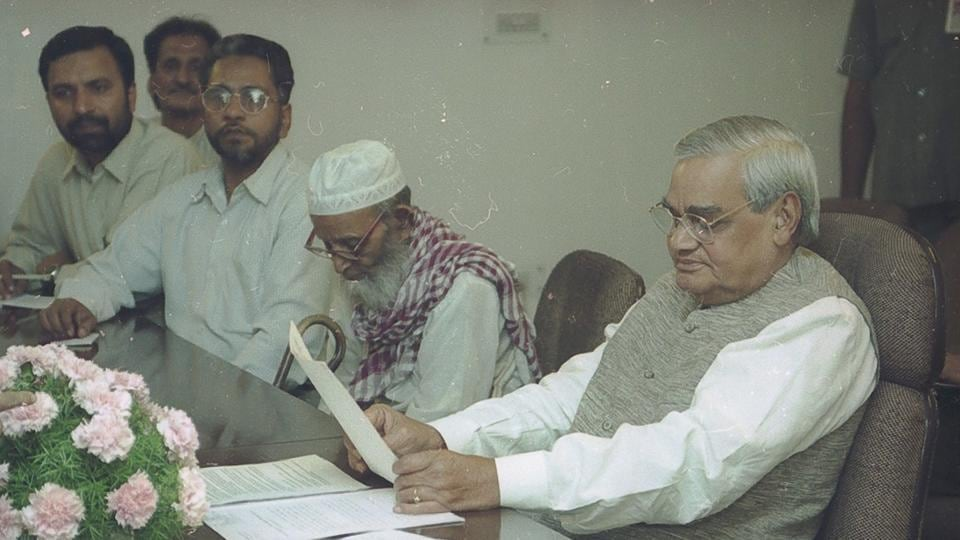 After the Lucknow bench of the Allahabad High Court began hearings to determine who owns the Ayodhya site, Prime Minister AB Vajpayee set up an Ayodhya cell to hold talks with Hindu and Muslim leaders. (Pradeep Bhatia / HT Photo)