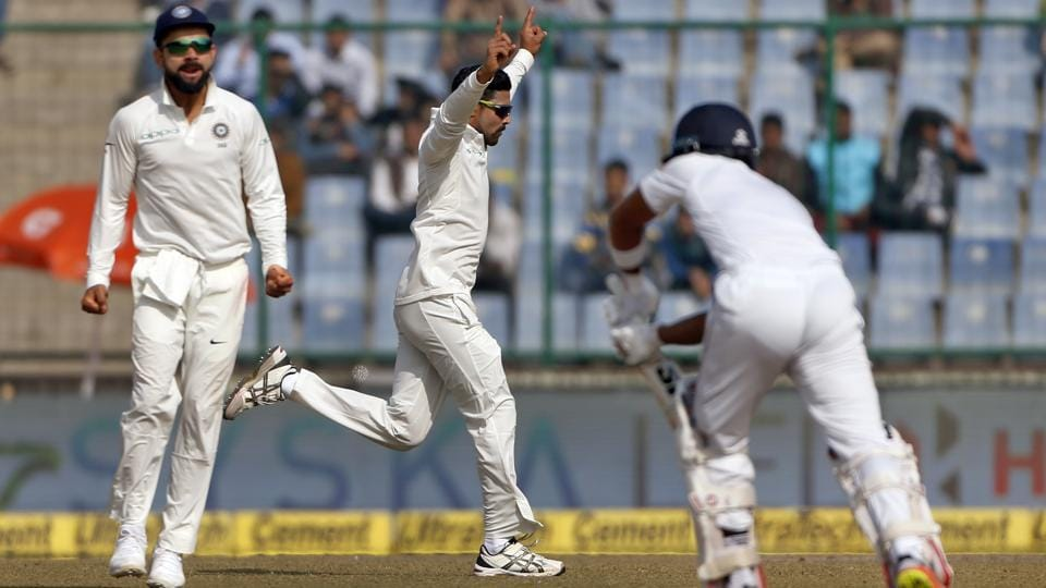 Needing 7 wickets to win the third Test on Day 5, India started well when Ravindra Jadeja dismissed Angleo Mathews. Replays showed Jadeja had overstepped.    (AP)
