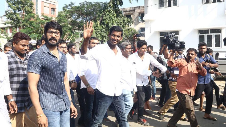 Actor Vishal submitted his nomination papers on Monday to contest in the upcoming bypoll elections.
