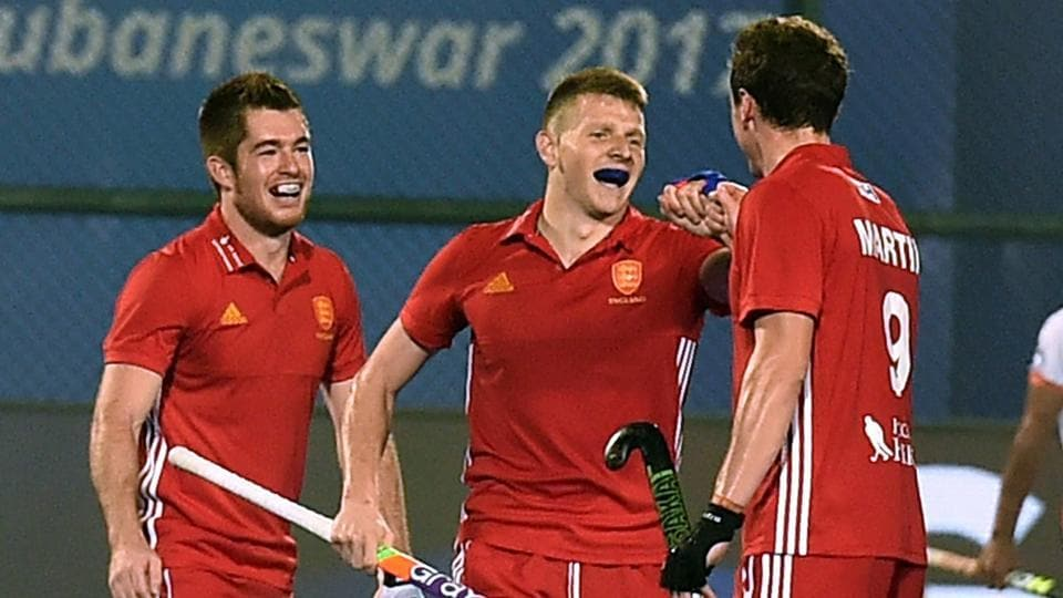 Members of both the England and Netherlands men's hockey team have been hit with stomach bugs.