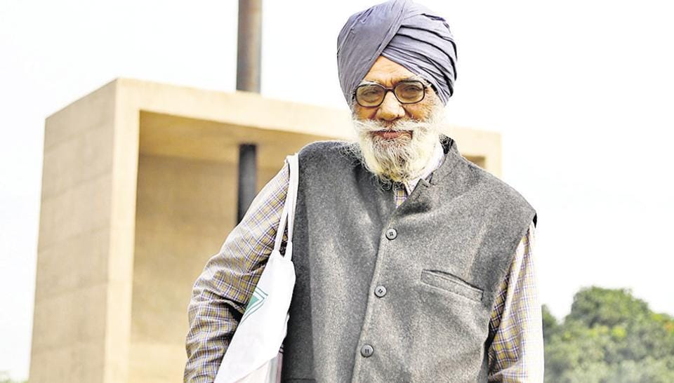 Narinder Singh International's reputation as a friendly tourist guide has spread by word of mouth from foreign tourists who came in touch with him.