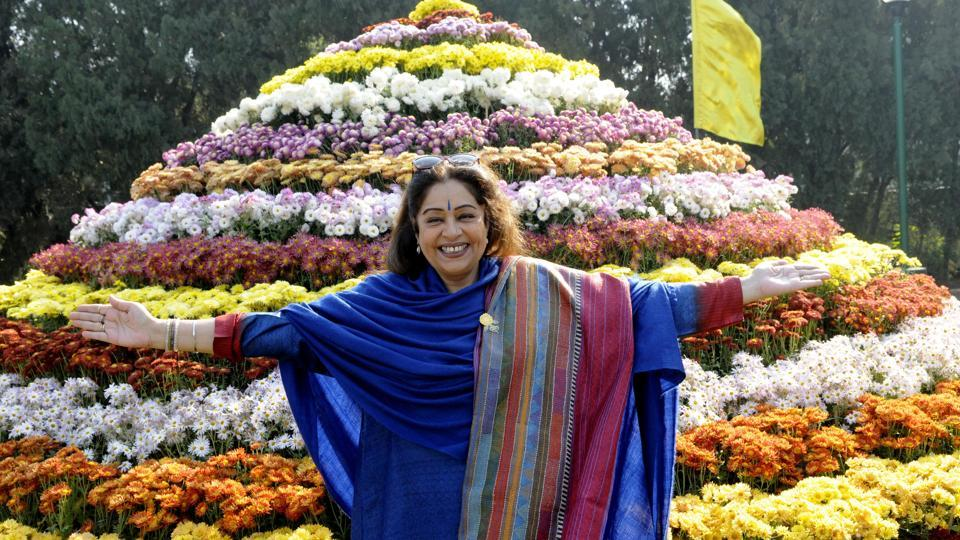 Chandigarh MP Kirron Kher, at the inauguration of the Chrysanthemum show  on Friday. (keshav singh/ht)