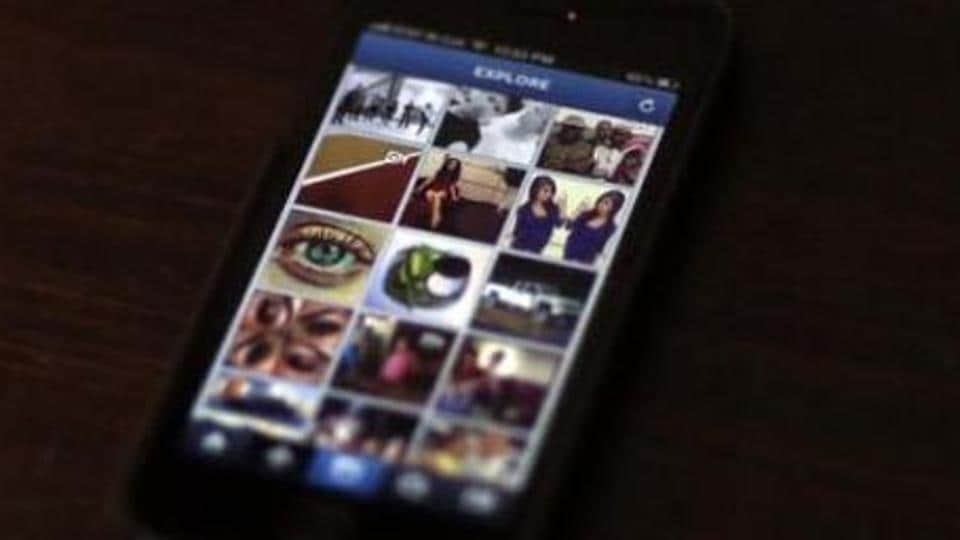 Instagram users may be unable to send direct messages on the platform in the future.
