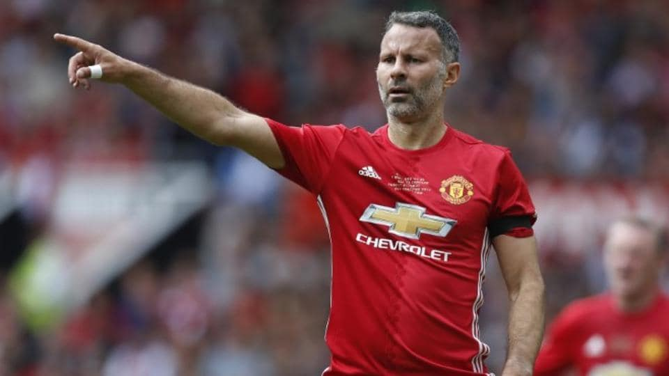 Manchester United,Manchester City,Ryan Giggs