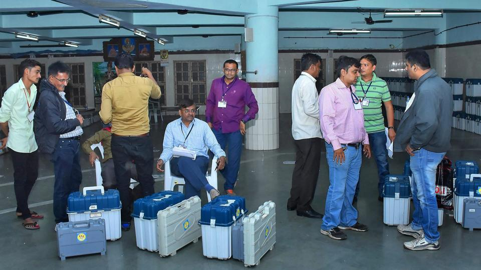 Gujarat election,Gujarat election first phase,Live updates