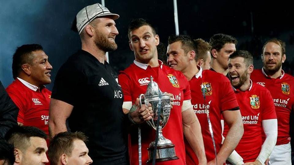 After the first two Tests between New Zealand and the British and Irish Lions had produced a victory apiece, the decider ended in a 15-15 stalemate and a drawn series. Opposing captains Kieran Read and Sam Warburton were all smiles as they lifted the trophy together. (REUTERS)