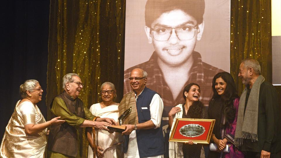 Tanveer Sanman is held in memory of senior actor and theatre personality Shreeram Lagoo and actress Deepa Lagoo's son Tanveer who died in unforeseen circumstances at the age of 18.