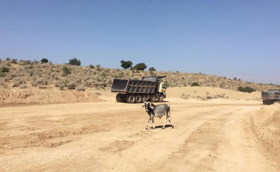 Lack of green belt near Kapurdi and Jalipa lignite mines in Barmer spells ecological imbalance and health hazards.