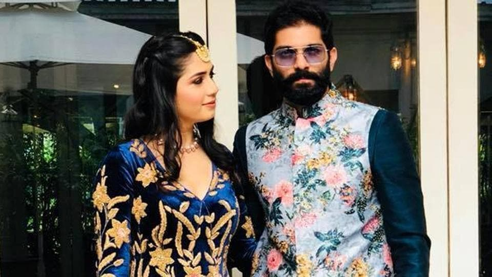 Amit Thackeray got engaged to fashion designer and long-time girlfriend Mitali Borude in a private ceremony at Tote On The Turf, Mahalaxmi, on Monday afternoon.