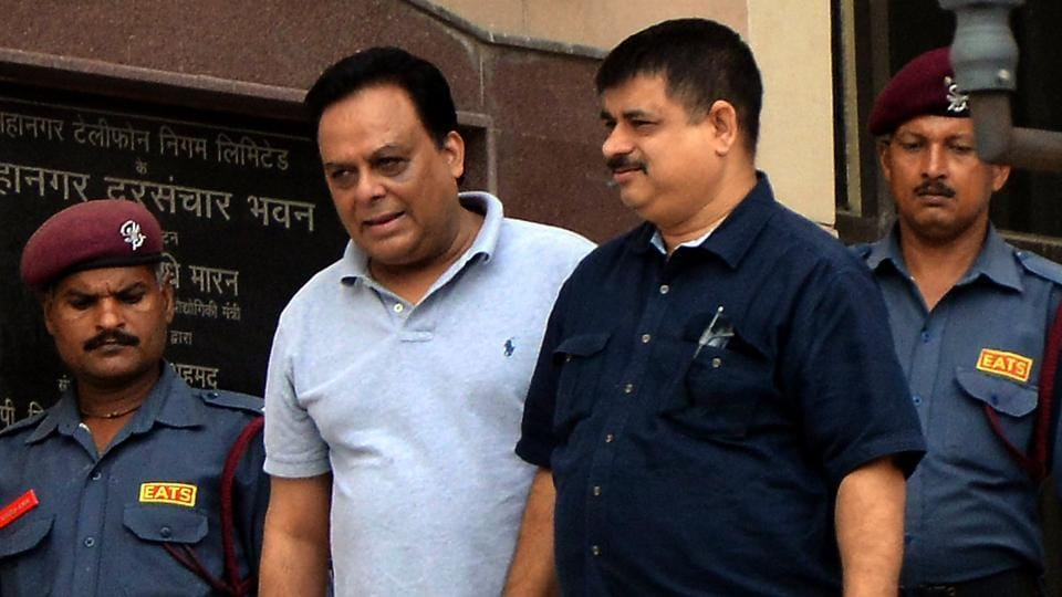 The Enforcement Directorate had arrested meat exporter Moin Qureshi (C) in connection to a money laundering case.