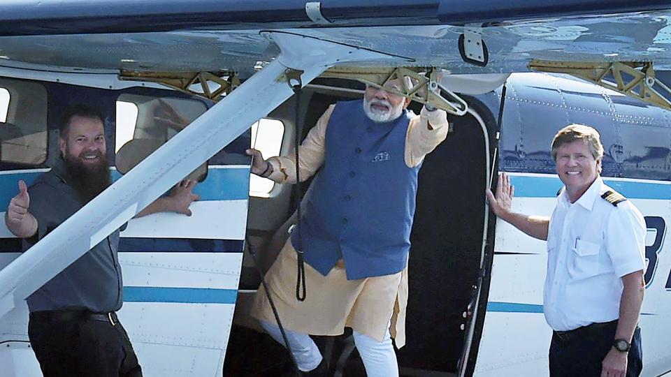 Gujarat elections,Modi's seaplane ride,seaplane