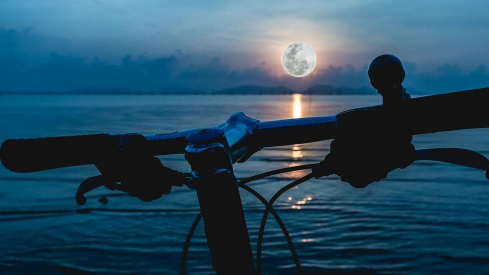 Full Moon,Biking,Dangerous