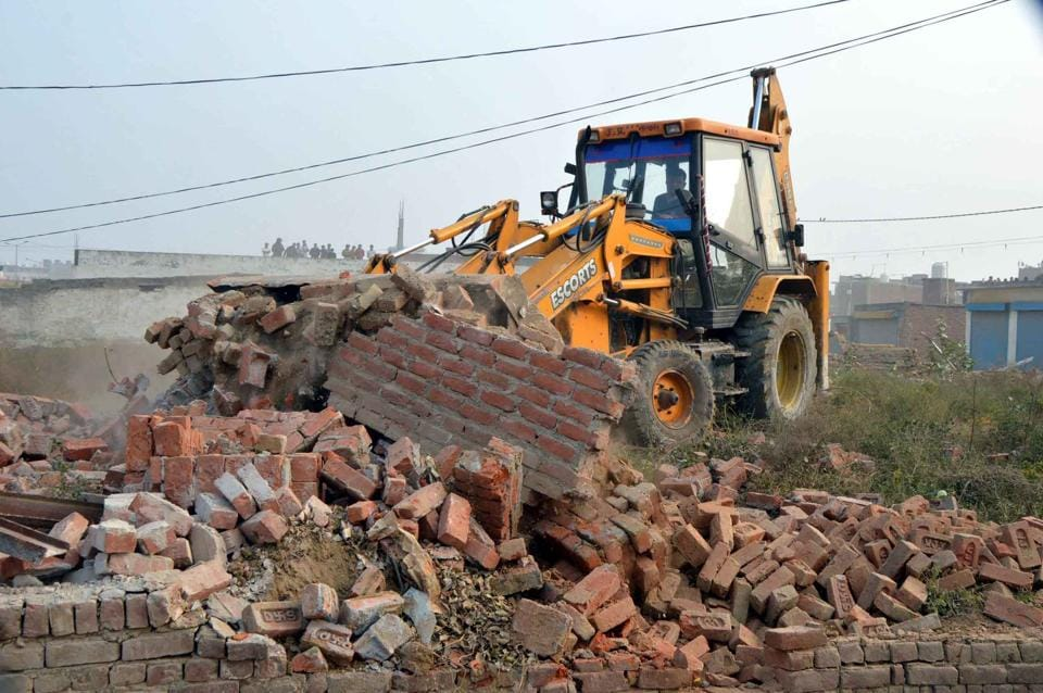 Ghaziabad Development Authority,government land encroachment,land mafia in Ghaziabad