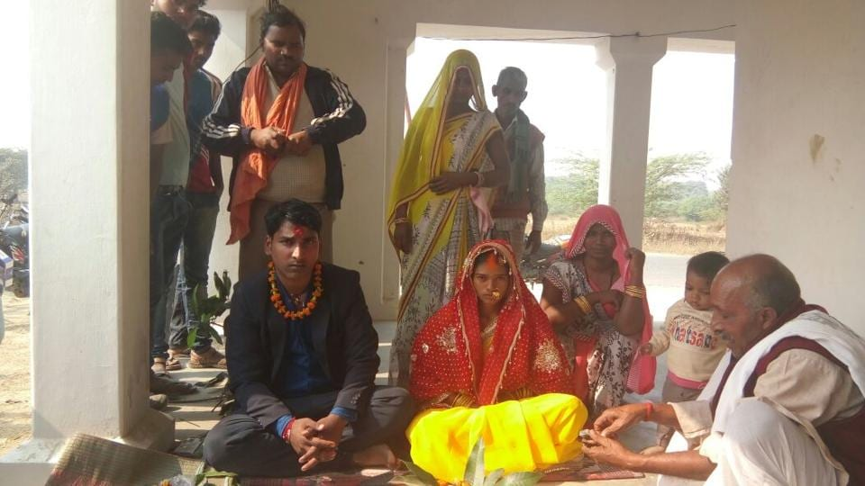 Young couple,Wedlock,varanasi police