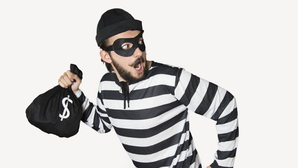 theft,break open,pune