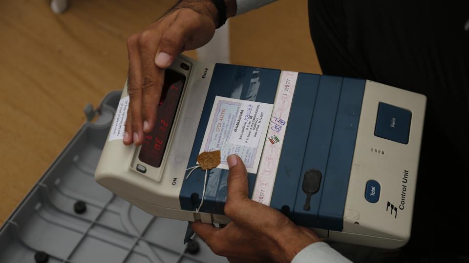 Gujarat elections,Voting in Gujarat,Live updates