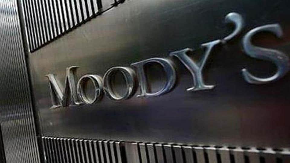 Moody's has stable outlook on India Inc, barring telcos; pegs 6% pre-tax profit growth next year