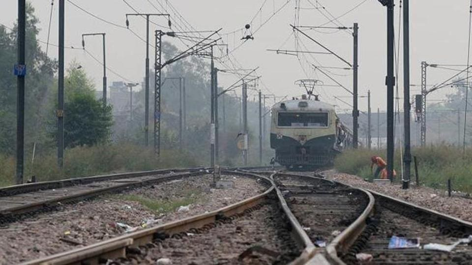 The CR cancelled three mail express trains between December 12 and 14 to avoid disruption of suburban services owing to heavy fog beyond Kalyan.