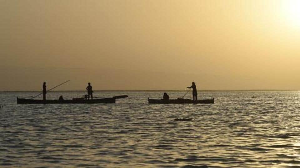 Indian fishermen arrested,India Pakistan waters,Arabian Sea