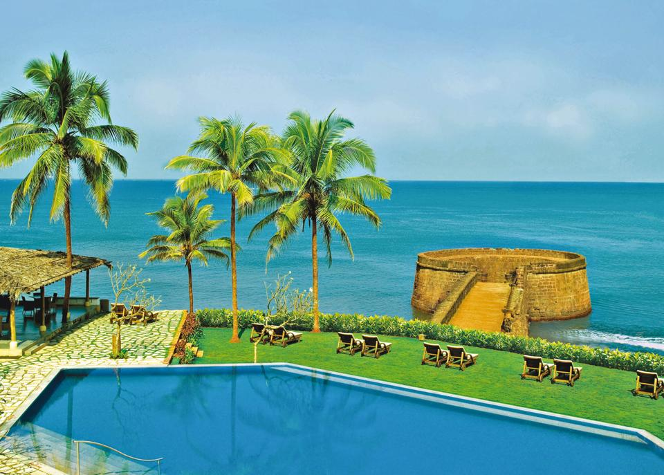 The chief selling point of the Taj Fort Aguada Resort & Spa in Goa is its location