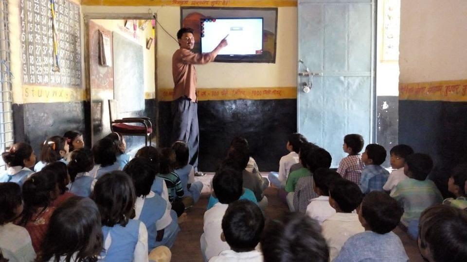Hi-tech classroom,Dropout rate,LED television