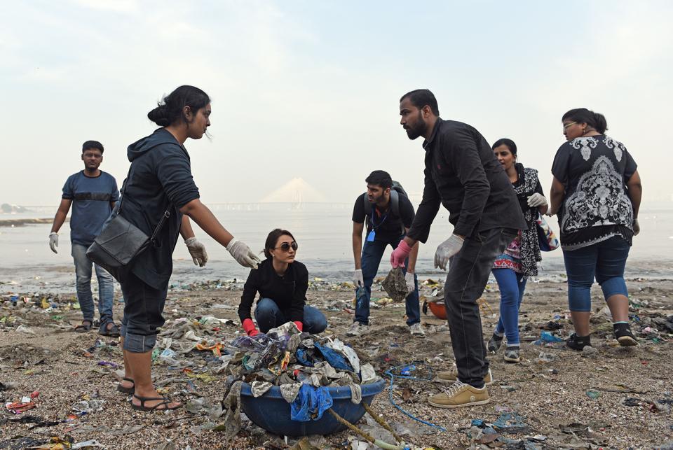 Volunteers clean up the Dadar beach on Sunday.