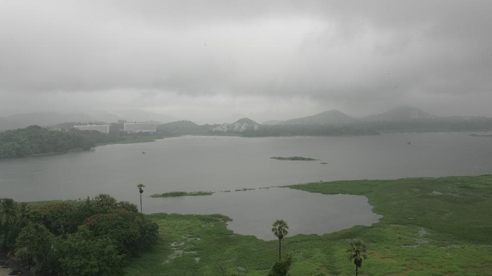 Powai lake,pollution,water pollution