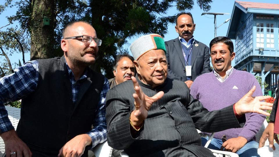 Before going to the home station Rampur for vote casting chief minister Virbhadra Singh talking with party workers at his hose Holly Lodge, Shimla on Wednesday, November 08 2017.
