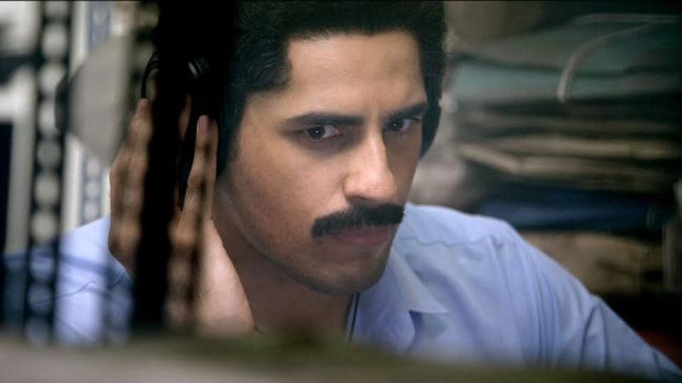 Aiyaary trailer,Neeraj Pandey,Manoj Bajpayee
