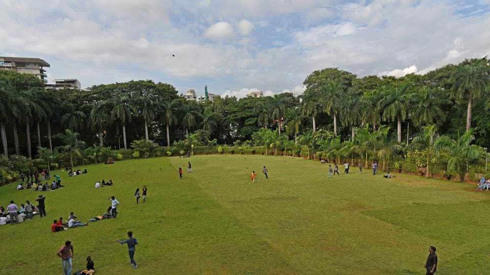 The state government  on Monday announced that the Brihanmumbai Municipal Corporation (BMC) will take over 25 recreation grounds and playgrounds in the city.