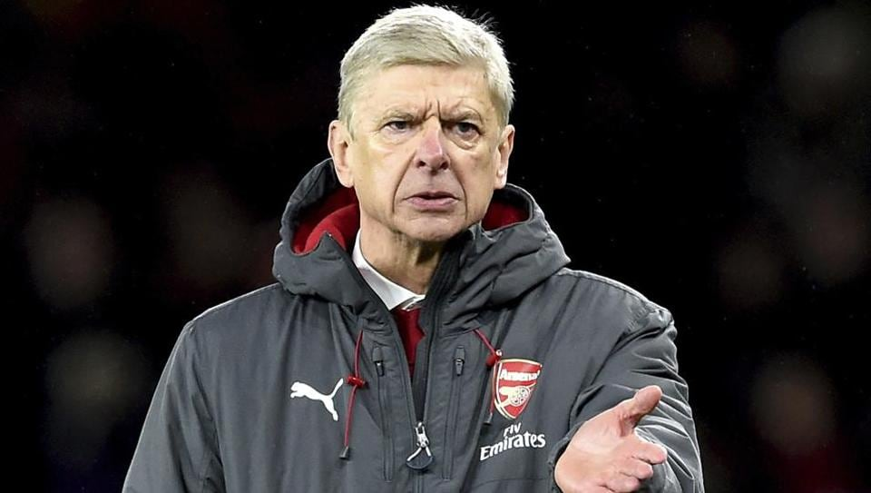 Arsenal face West Ham in their EFLCup quarterfinal encounter on Wednesday.