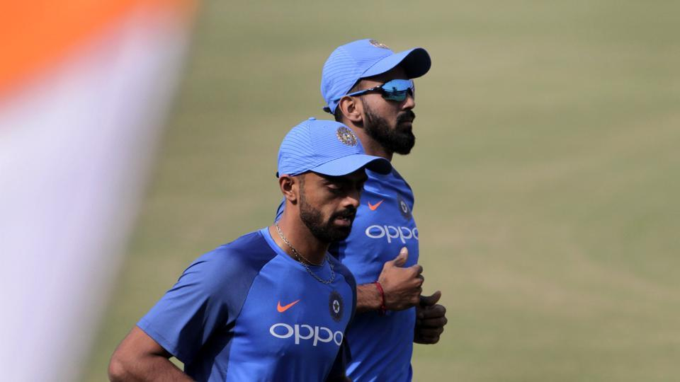 Saurashtra left-arm pacer Jaydev Unadkat (L), who last played in a T20 against Zimbabwe in June 2016, has been recalled to the squad.  (AP)