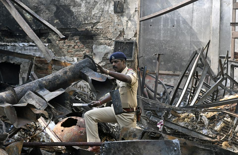 The fire at the Sakinaka farsan shop reduced the structure to ashes.