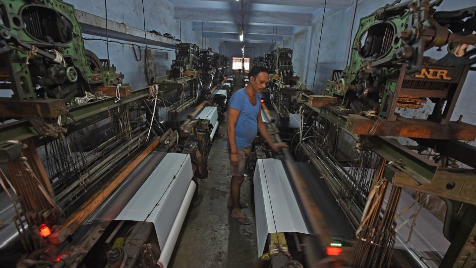 Govt okays Rs 1300 cr for skill development in textile