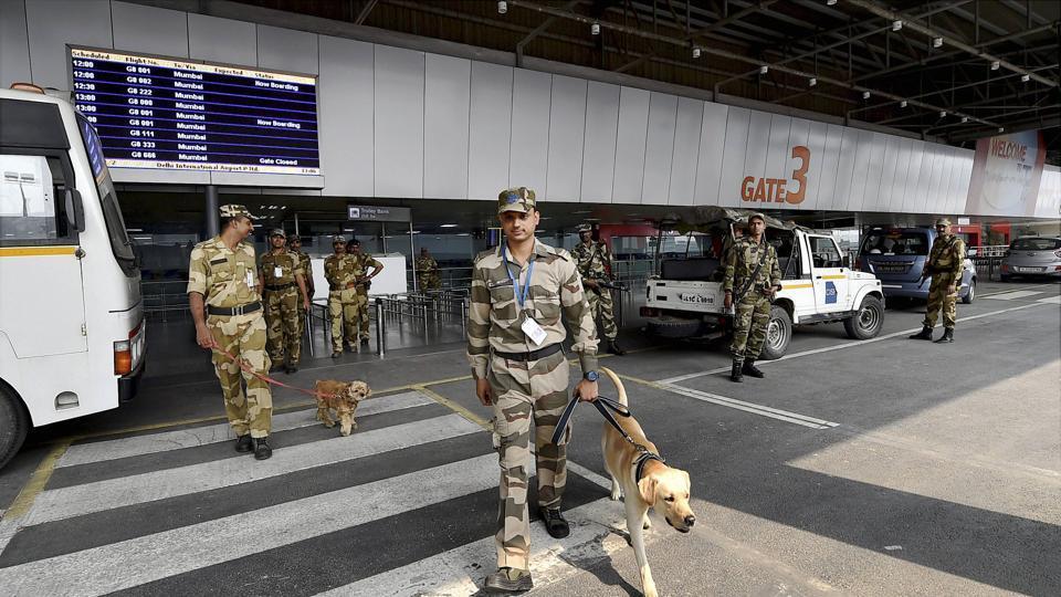 delhi,delhi news airport,delhi airport