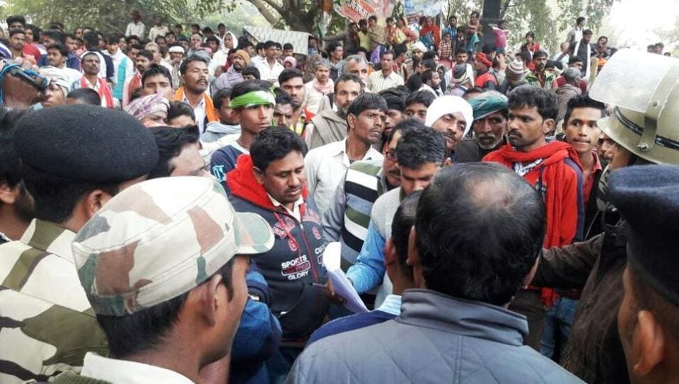 police action,angry mob,custodial death