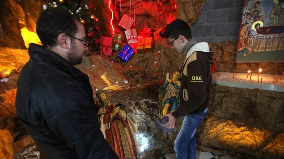 A Christmas Spirit.Ravaged By War Syria S Homs Relishes Christmas Spirit