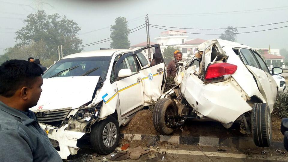 Vehicles crashed into each other due to dense fog in Sirhind on Thursday.