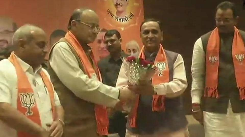 Vijay Rupani re-elected Gujarat chief minister, Nitin Patel to be his deputy