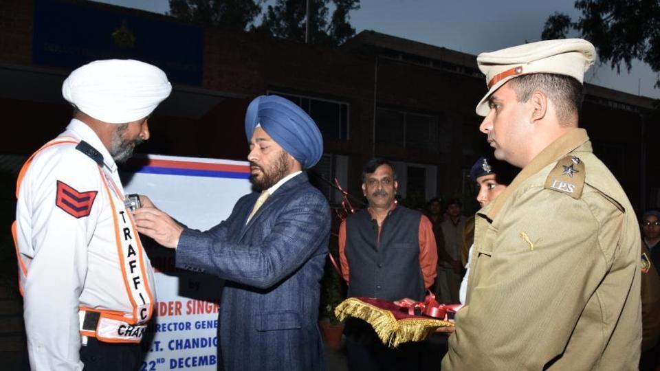 Chandigarh police,traffic police chandigarh,Tajender Singh Luthra