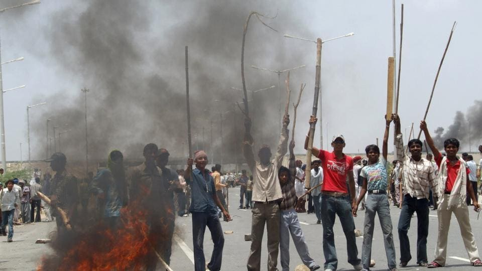 Gujjar protestors blocked the Jaipur-Ajmer National Highway to demand reservation last year.