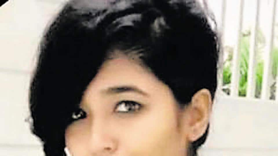 Mumbai,Anchor,Arpita Tiwari
