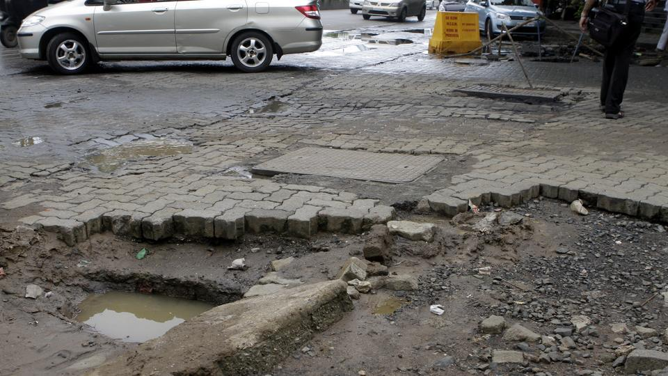 Mumbai,Brihanmumbai Municipal Corporation,Road repairs
