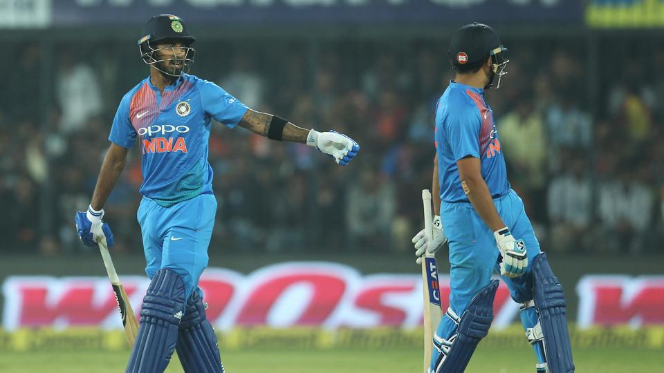 The partnership between Rahul and Rohit went past 100 and Sri Lanka's bowlers running out of options.  (BCCI)