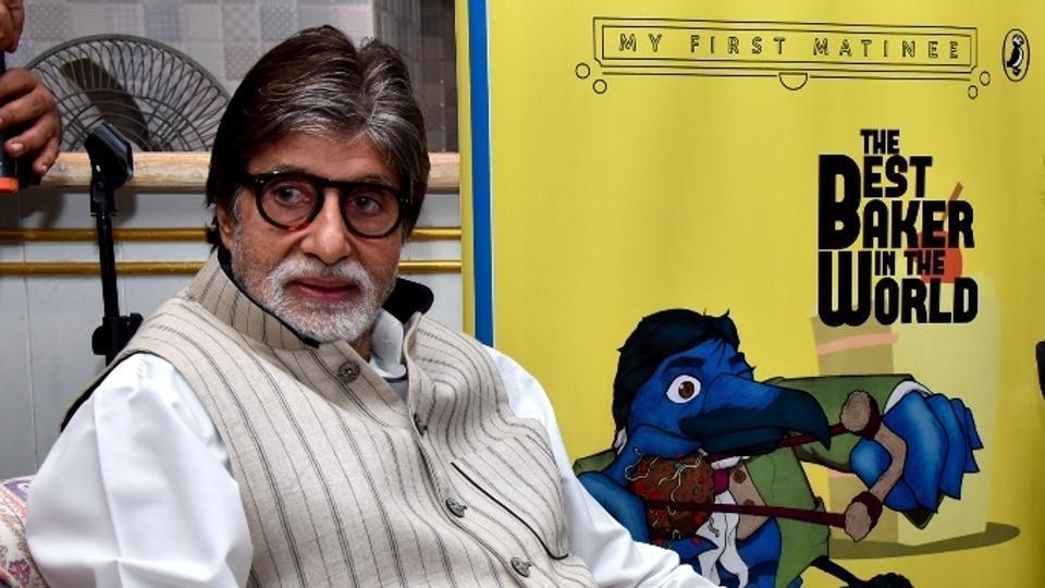 Mumbai: Actor Amitabh Bachchan and author Raja Sen at the book launch in Mumbai on Dec 5, 2017. (Photo: IANS)