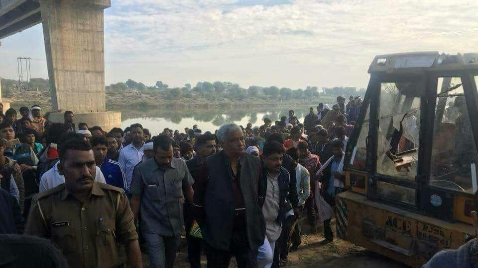 Rajasthan news,Bridge,Bus accident